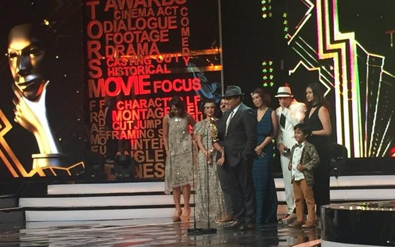 https: img.okezone.com content 2016 05 31 206 1401859 ima-awards-2016-toba-dreams-sabet-penghargaan-film-terfavorit-W3AAtvagWG.jpg