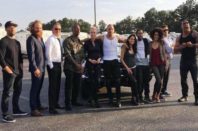 Top Gossip 10 Vin Diesel Pamerkan Pemain Fast And Furious 8 Okezone Celebrity