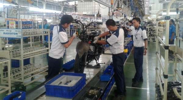 https: img.okezone.com content 2016 06 13 15 1413608 pabrik-tvs-indonesia-fokus-produksi-sepeda-motor-untuk-ekspor-7FLRbuCRYw.jpg