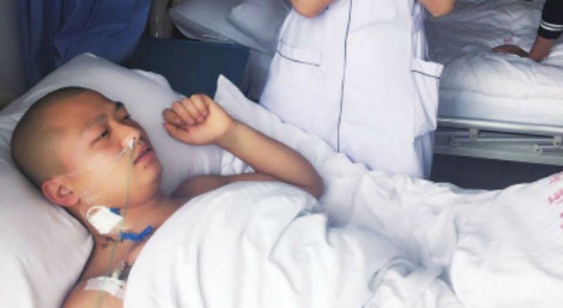 Wang Kailian usai menjalani operasi pencabutan satu ginjalnya (Foto: Shanghaiist)