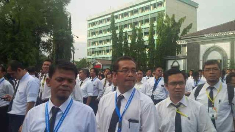 Para calon PPIH saat mengikuti perbekalan tata laksana ibadah haji di Asrama Haji Pondok Gede, Jakarta Timur (M Saifulloh/Okezone)