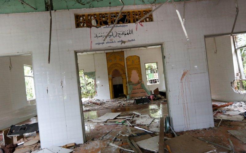 Masjid di Tha Yel Tha Mein yang dirusak warga Buddha (Foto: Soe Zeya Tun/REUTERS)