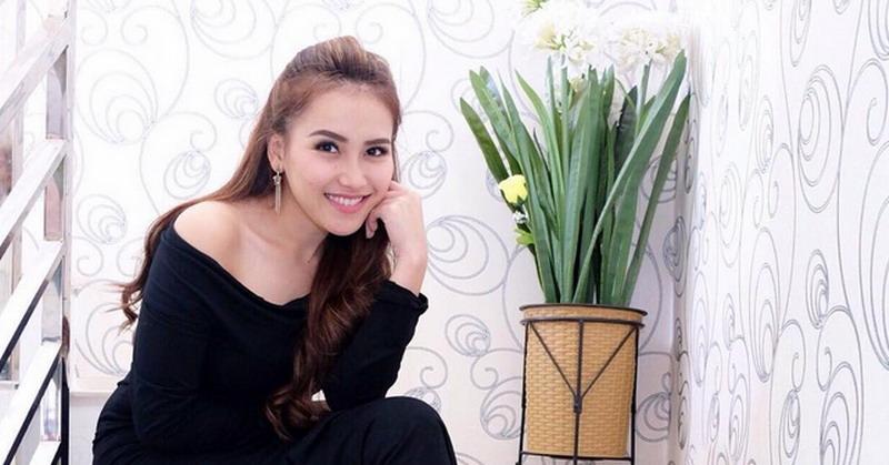 Ibunda Raffi Ahmad Undang Ayu Ting Ting Lebaran Bareng Okezone Celebrity