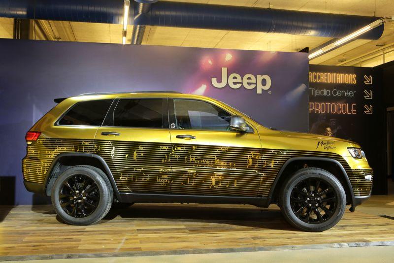 Tiga Mobil Jeep Dimodifikasi Khusus Untuk Hibur Penggemar Musik Jazz