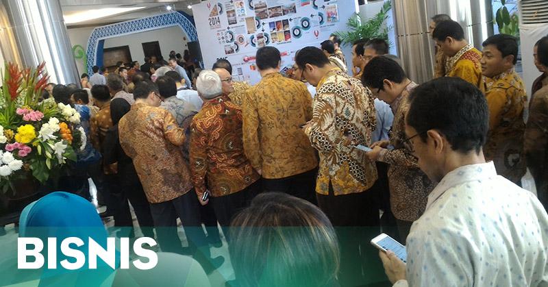 Halalbihalal, Antrean di Kantor OJK Mengular hingga ke Luar Gedung