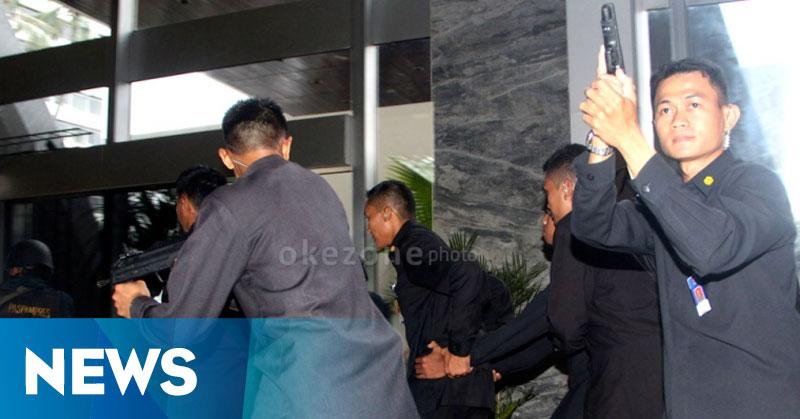 Pembelian Senjata Ilegal Paspampres Bisa Membahayakan Presiden Jokowi
