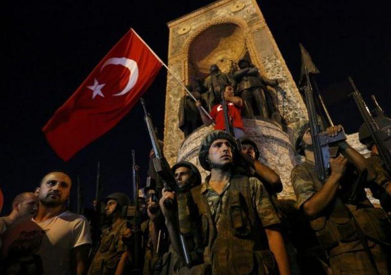 Penahanan 100 tentara Turkli kembali terjadi (Foto: Reuters)