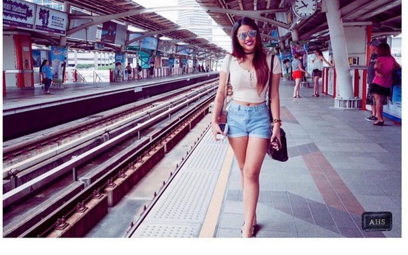 https: img.okezone.com content 2016 07 16 194 1439468 top-fashion-4-tampil-seksi-dengan-hot-pants-aurel-hermansyah-mirip-kylie-jenner-MGCnd1Coj4.jpg