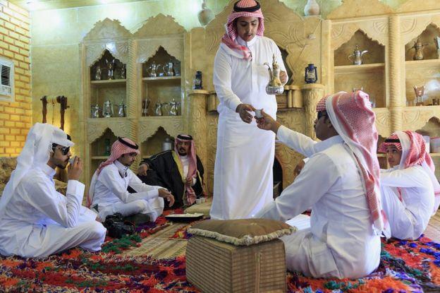 Mengikuti Bagaimana Cara Nabi Muhammad SAW Minum