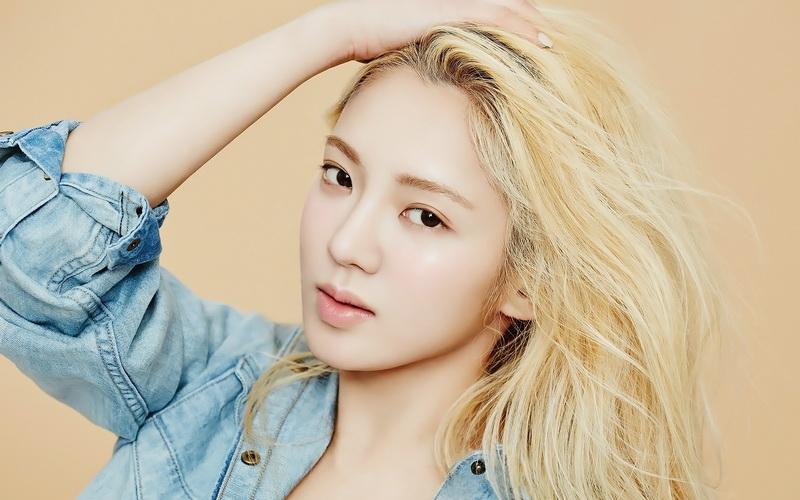 https: img.okezone.com content 2016 07 23 205 1444914 hyeoyeon-ingin-pertegas-imej-snsd-tO5GYTZRpt.jpg