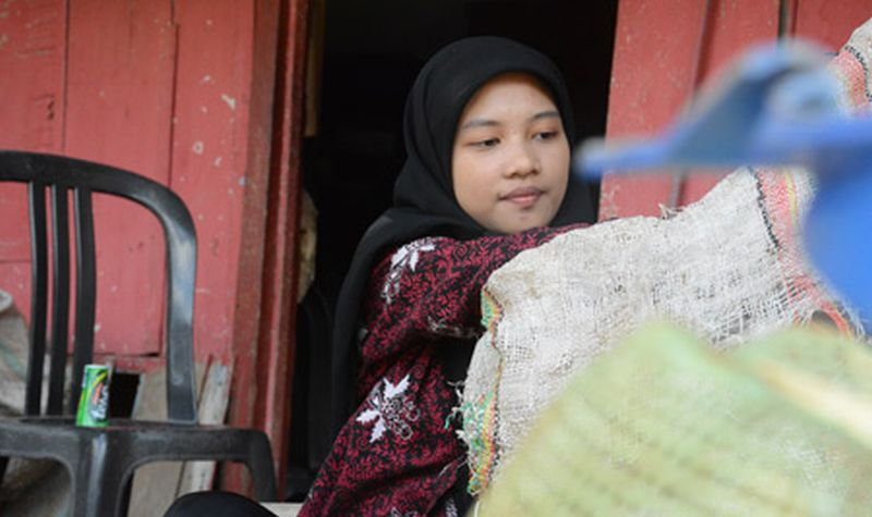 Unnes Miliki 6.000 Mahasiswa Serupa Firna Putri Pemulung
