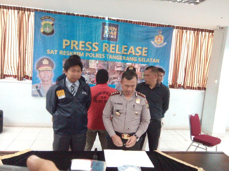 Polresta Tangerang Selatan saat memberikan keterangan resmi (Foto : Hambali/Okezone)