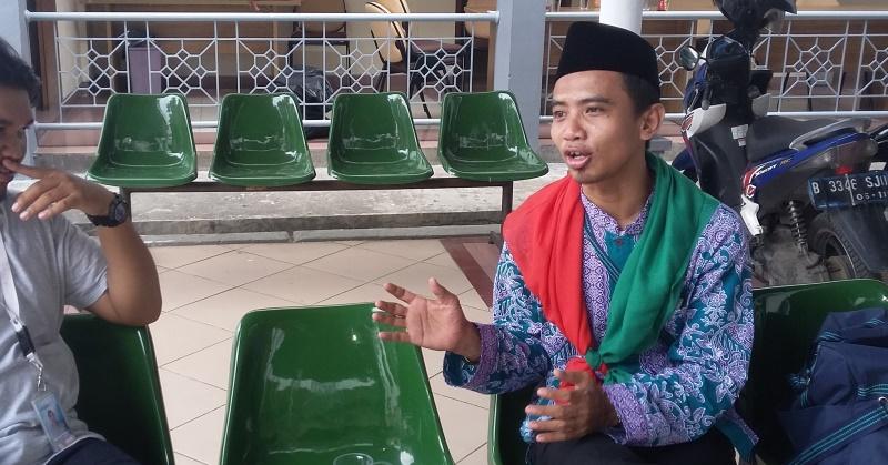 Fikri Saydi Lutfi, Mantan Peencinta Ganja yang Berangkat Haji (Foto: Fakhri/Okezone)