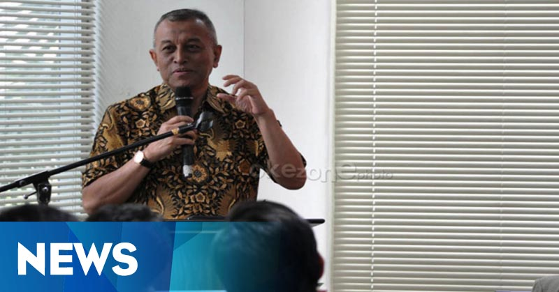 Jenazah Adi Sasono Dimakamkan Secara Militer di TPU Tanah Kusir