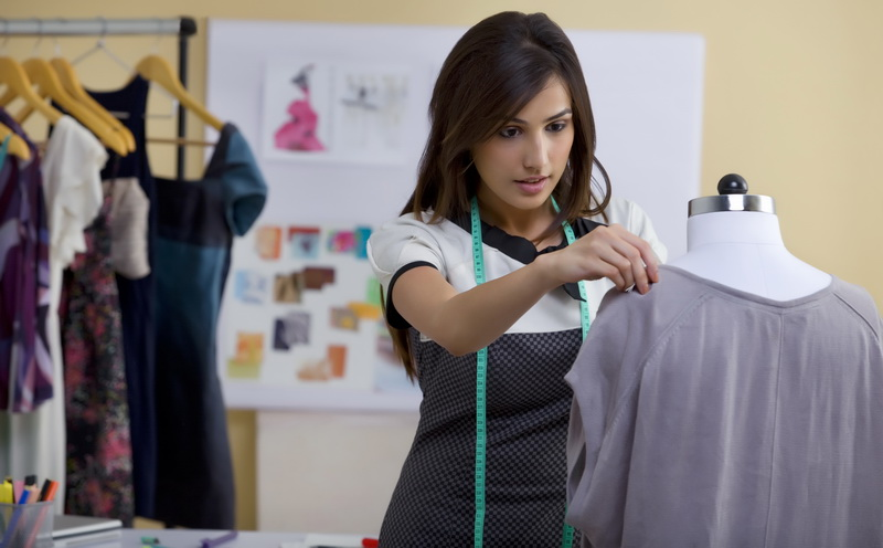 https: img.okezone.com content 2016 08 17 194 1466252 majukan-industri-tekstil-indonesia-regulasi-impor-harus-diperketat-CpRb6ECDGu.jpg