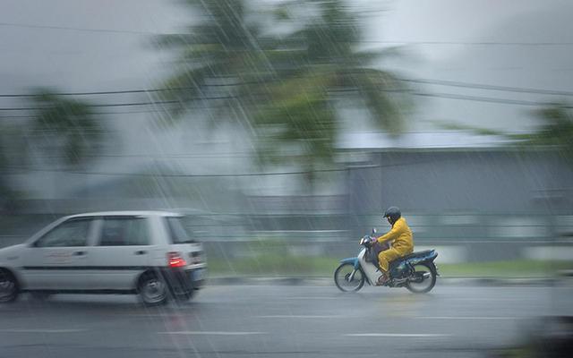 Siang Hari, Jakarta dan Depok Diguyur Hujan Ringan