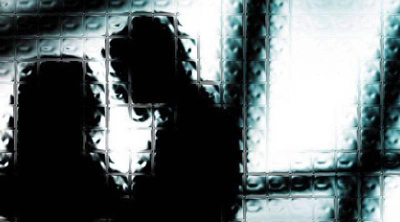 https: img.okezone.com content 2016 08 23 340 1471462 tepergok-ngamar-dengan-pil-pejabat-perempuan-terancam-dipecat-EcWnrrorvQ.jpg