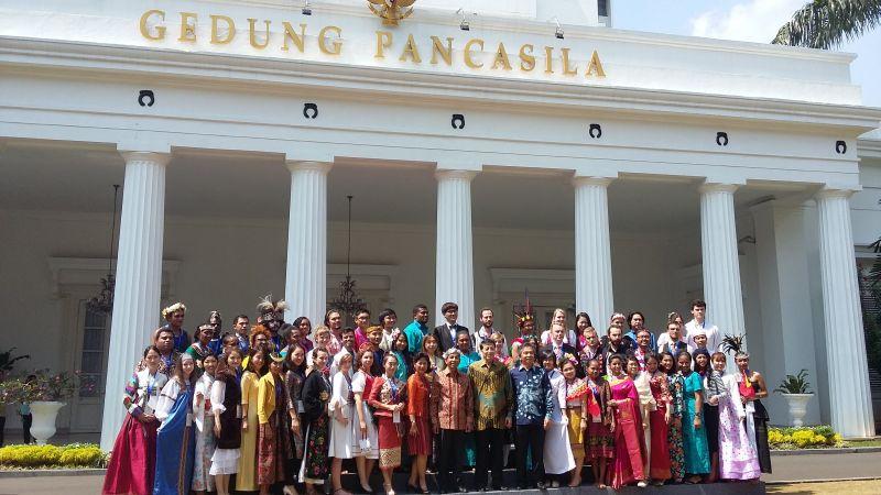 Mahasiswa Asing Jatuh Cinta pada Tanah Minang