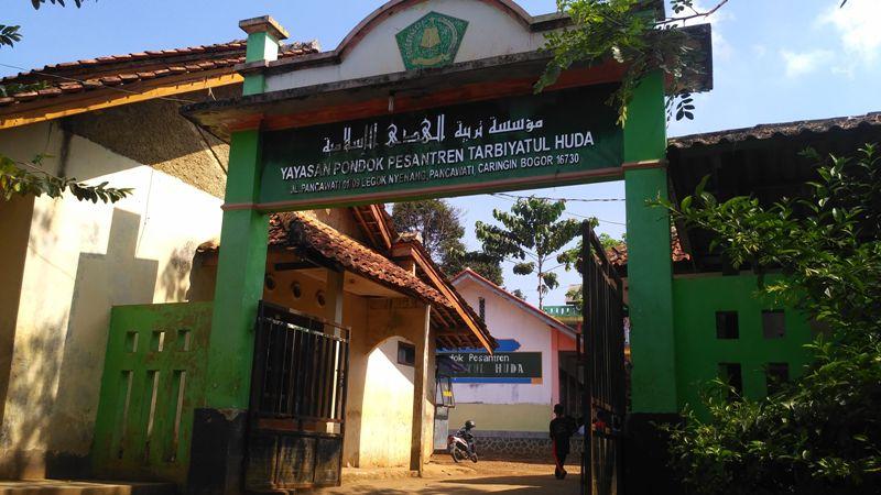 Geliat Pesantren Tarbiyatul Huda di Kaki Gunung Pangrango