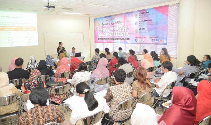 FKH IPB Gelar Seminar Anestesi untuk Hewan