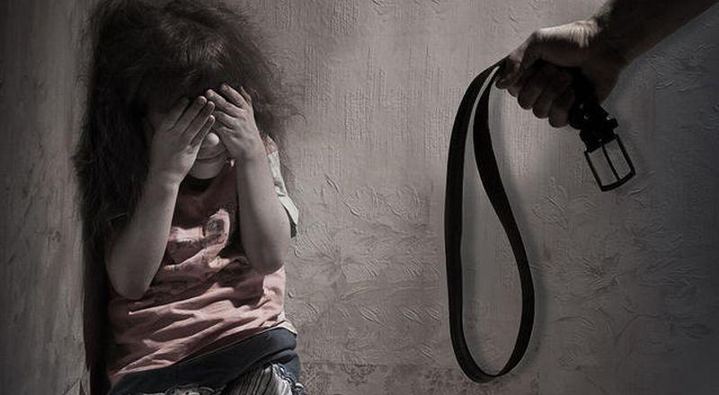 Ibu tega membunuh anaknya dengan kapak karena tidak bisa memberikan makan (Ilustrasi: Okezone)