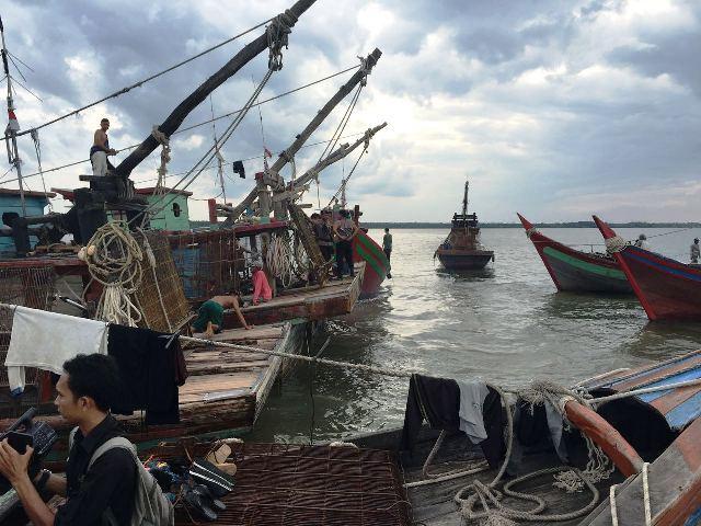 Illegal Fishing 28 Kapal Cangkrang Diamankan Polisi Okezone News