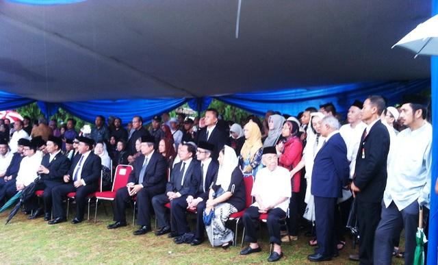 SBY Hadiri Pemakaman Maftuh Basyuni di TMP Kalibata