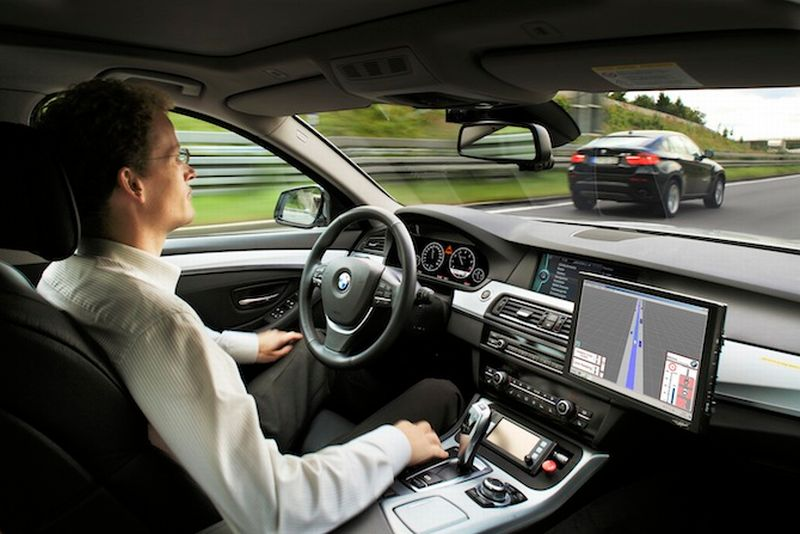 ARM merambah ke bisnis automtif dengan membuat chip untuk mobil otonom (Ilustrasi, BMW)