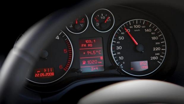 Mengganti pelek bisa memengaruhi akurasi speedometer dan odometer (Drive.com.au)
