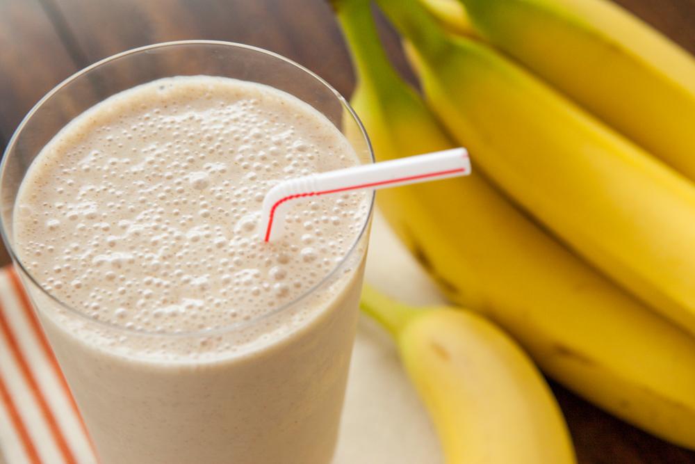 https: img.okezone.com content 2016 09 22 298 1496429 bikin-yuk-smoothies-pisang-untuk-mengurangi-insomnia-ZuEqUej0nF.jpg
