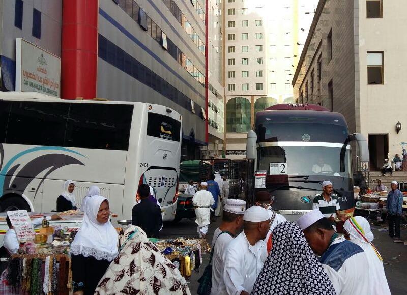 Jamaah haji Indonesia sedang bersiap berangkat ke Madinah (Foto: Saifullah/Okezone)