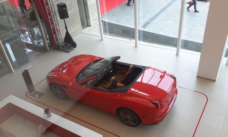 Strategi Ferrari Bertahan di Indonesia