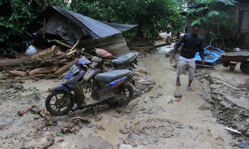 kondisi pasca banjir bandang di Garut, Jawa Barat (Foto: Antara)