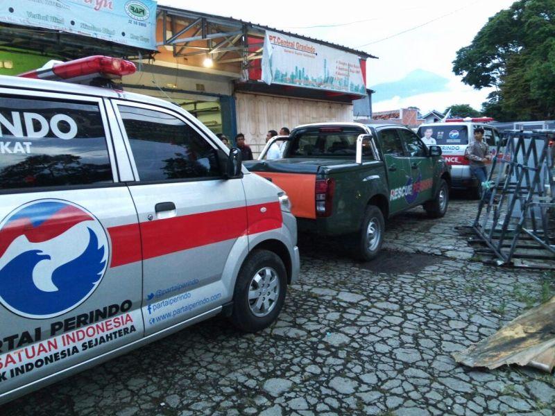 Ambulance yang disiapkan untuk penanganan medis korban banjir bandang Garut (Foto: Okezone)
