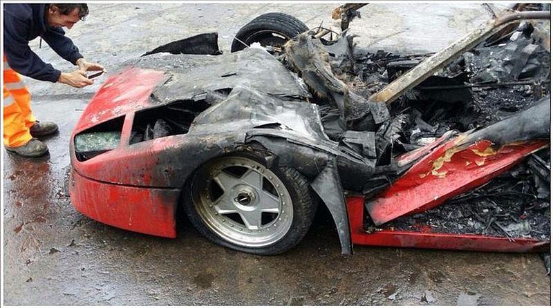 Baru Direstorasi, Ferrari F40 Terbakar