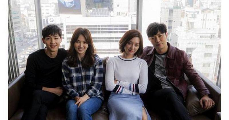 https: img.okezone.com content 2016 09 26 598 1499267 drama-korea-descendants-of-the-sun-kembali-tayang-di-rcti-dsV629YCAV.jpg