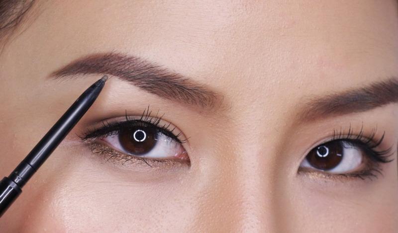 TOP FASHION 3: Ini Rahasia Eyebrow on Fleek : Okezone Lifestyle