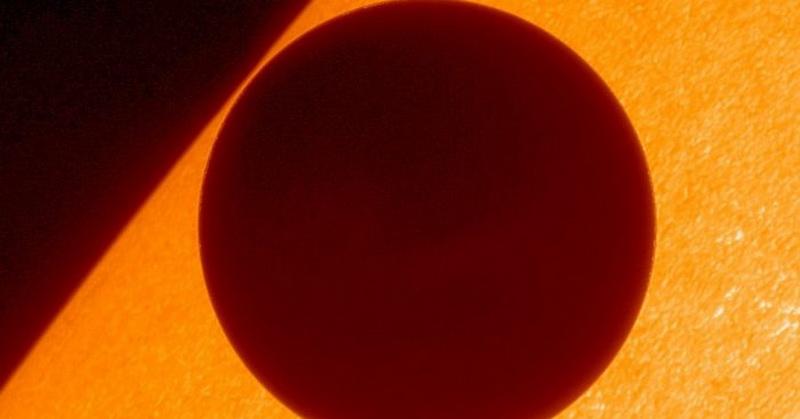 Sinar-X Tertangkap dari Sisi Gelap Venus