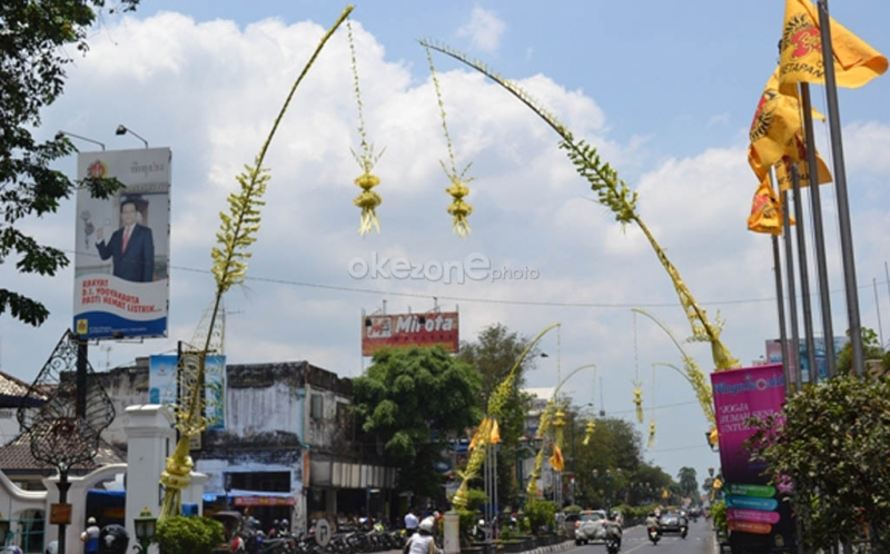 Janur kuning menghiasai Jalan Malioboro, Yogyakarta (Prabowo/Okezone)