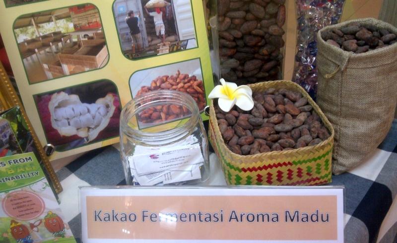 https: img.okezone.com content 2016 10 15 320 1515758 biji-cokelat-aroma-madu-ri-jadi-buruan-di-prancis-5SdJbjbo8r.jpg