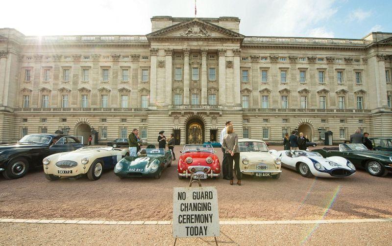 90 mobil klasik meriahkan perayaan ultah ke-90 Ratu Inggris (PA)