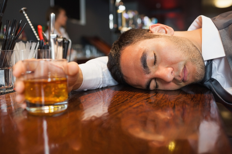 Ilustrasi. Mabuk. (Foto: Health Stuff Worker)