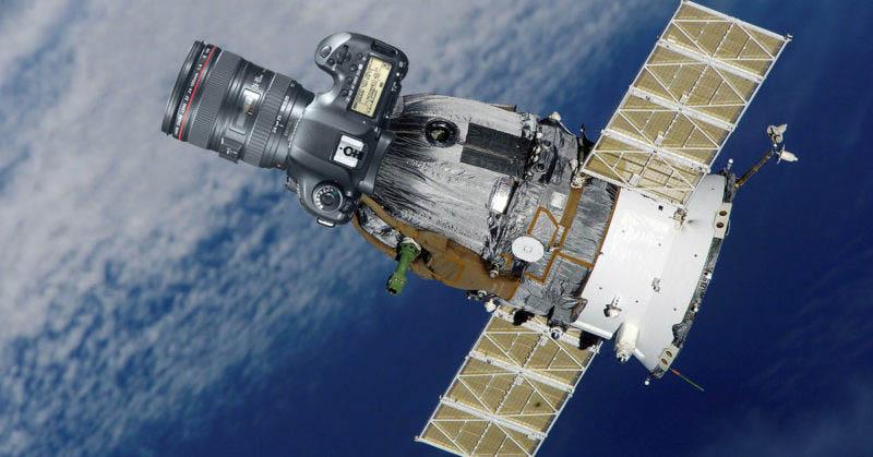 https: img.okezone.com content 2016 10 17 207 1516859 canon-akan-luncurkan-satelit-dengan-kamera-dslr-5d-v6HcDGRBOR.jpg