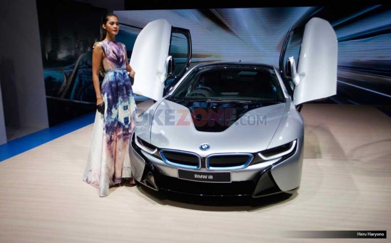 Sejak diluncurkan pada Agustus 2016, BMW i8 diklaim bisa diterima baik oleh konsumen Indonesia (Okezone)