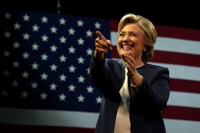 Kandidat Presiden AS Hillary Clinton dituduh mencuri furnitur milik Kementerian Luar Negeri (Foto: Lucy Nicholson/Reuters)