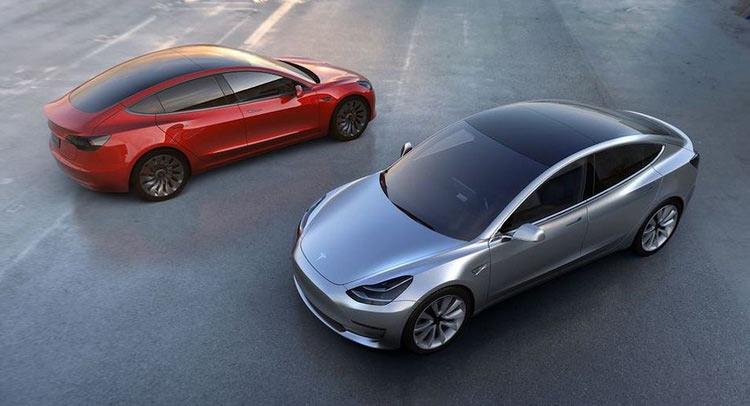 Baru diluncurkan pada April 2016, Tesla Model 3 diklaim sudah habis terjual (Carscoops)