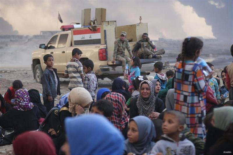 Ribuan warga Irak tinggalkan Mosul (Foto: Anadolu)