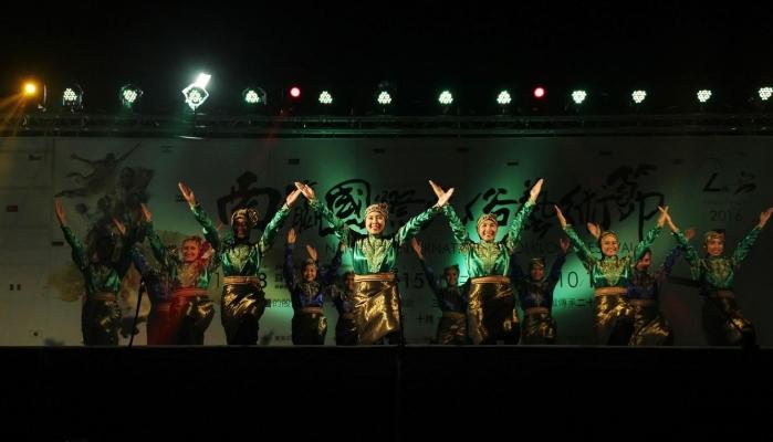 Mahasiswa Indonesia Sukses Tampil di Festival Kesenian Taiwan