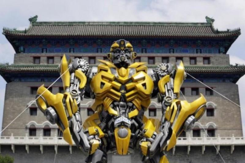 https: img.okezone.com content 2016 10 30 206 1528152 studio-produksi-film-transformers-dituntut-rp3-9-m-oleh-pengelola-taman-di-cina-gdIMPI8P7G.jpg