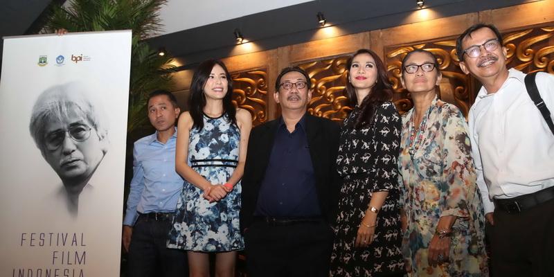 https: img.okezone.com content 2016 11 07 206 1534547 daftar-lengkap-pemenang-festival-film-indonesia-2016-04JQ7Xtktt.jpg
